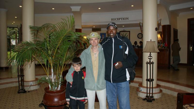 Встреча с гидом Эфраимом в отеле г.Аруша.